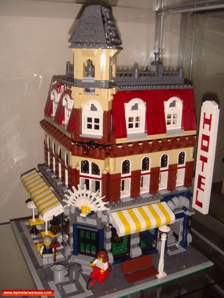 Review LEPIN 15002 Cafe corner – Compatible LEGO 10182