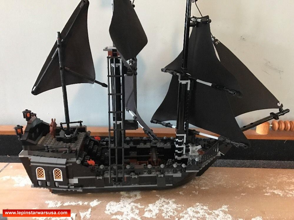Review LEPIN 16006 Pirates of the Caribbean The Black Pearl Competiable with LEGO 4184