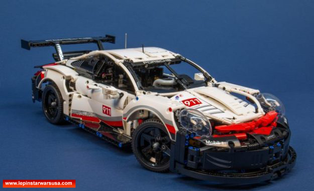 Review LEPIN 20097 Porsche 911 Rsr