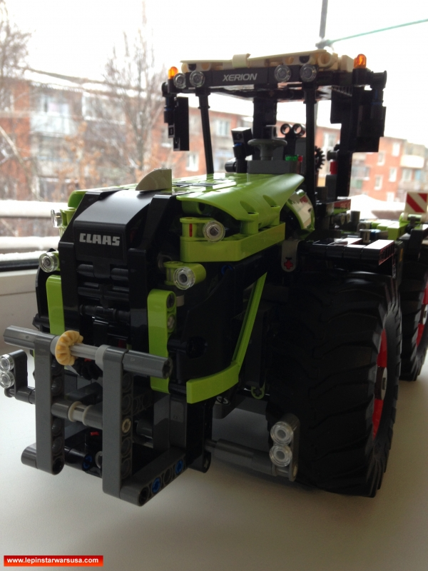 Review LEPIN 20009 CLAAS XERION 5000 TRAC VC – Compatible LEGO 42054